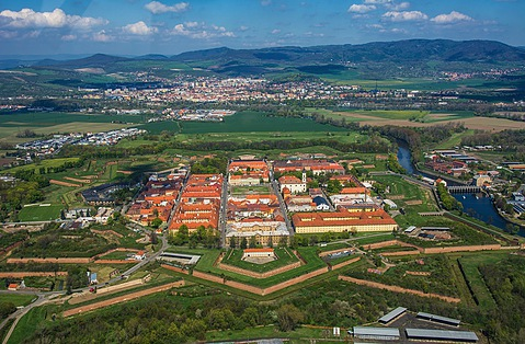 Elbe Grosse Festung Terezin